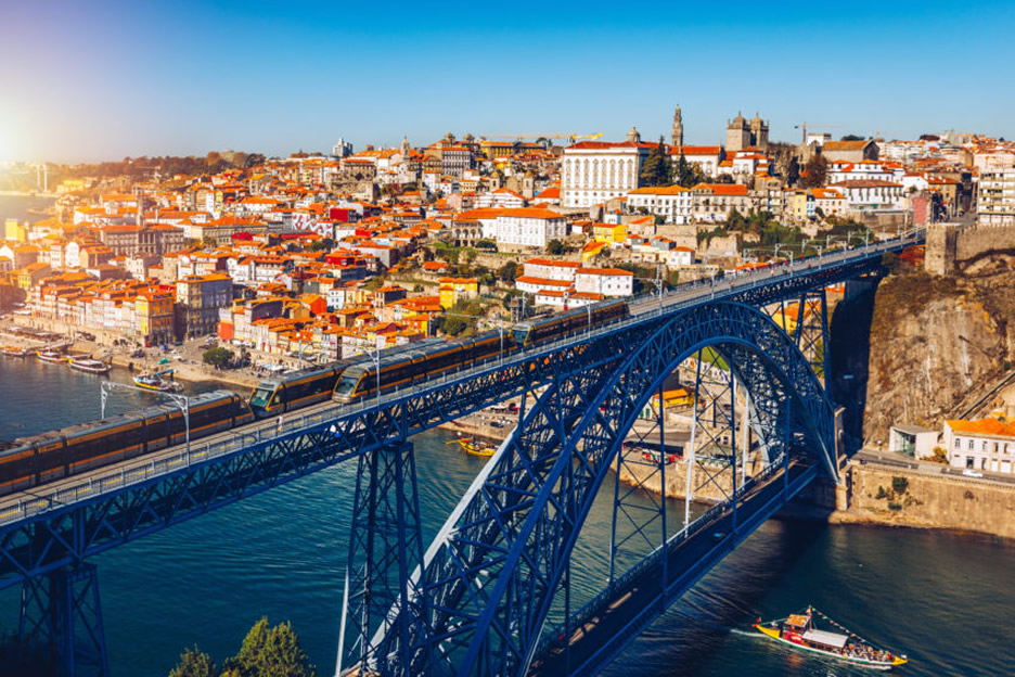 Visit the center of Porto